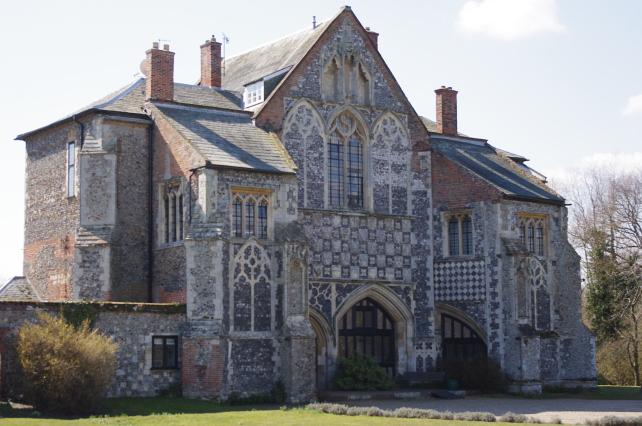 Butley Priory, Woodbridge - Jazz Pianist Suffolk