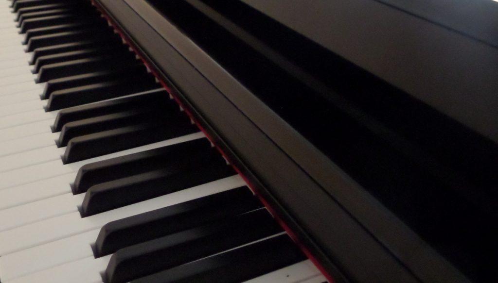 Piano Keyboard - Pianist Tunbridge Wells